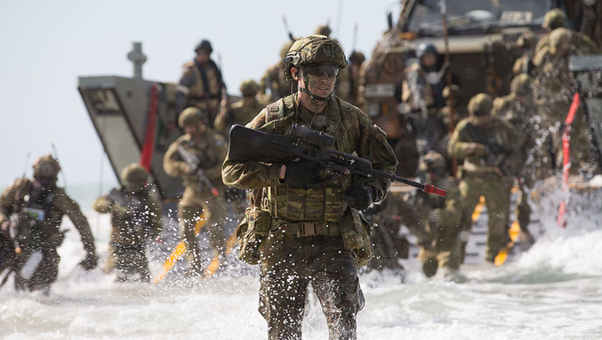 2RAR-Amphibious-Landings.jpg