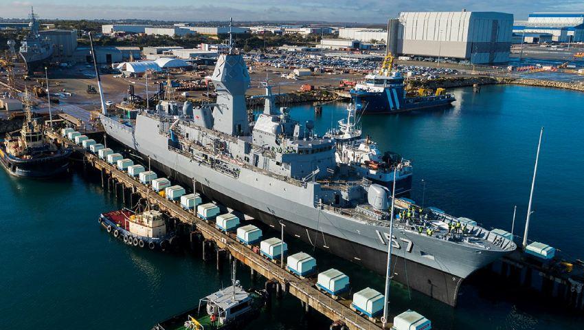 ANZAC-Frigate_HMAS-Perth_dc.jpg