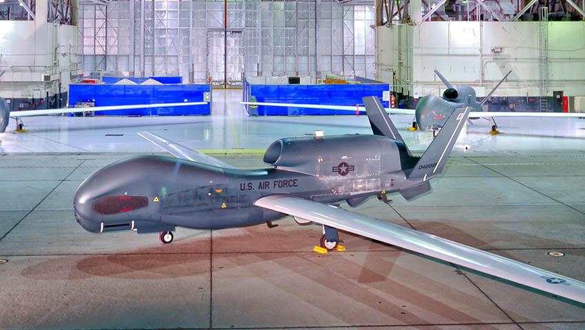 Northrop-Grumman-RQ-4-Global-Hawk.jpg