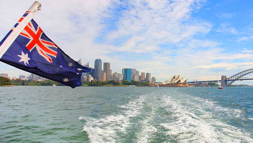 Australian_Flag_Harbour.jpg