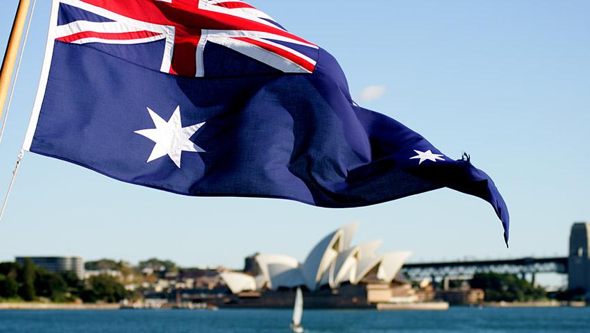 Australian_Flag_Sydney_Harbour.jpg
