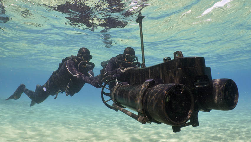 BlueZone-Group-Diver-Propulsion-Vehicle.jpg