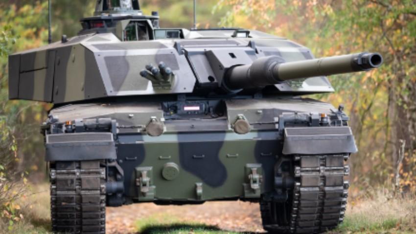 British-Army_Challenger-2-battle-tanks_dc.jpg