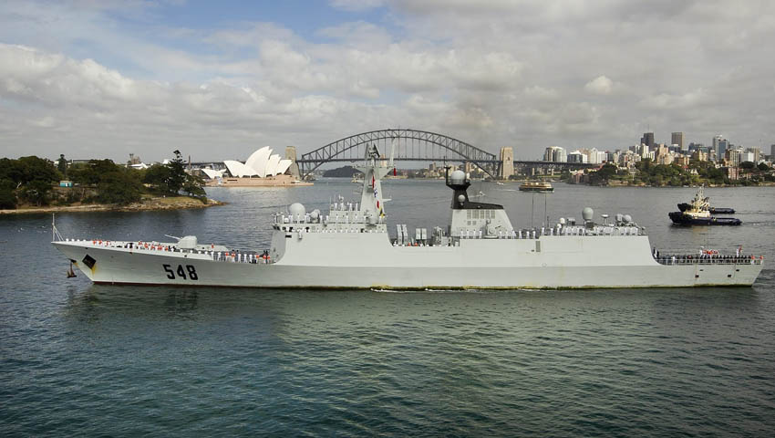 Chinese_Frigate_Xuchang_Sydney_Harbour.jpg