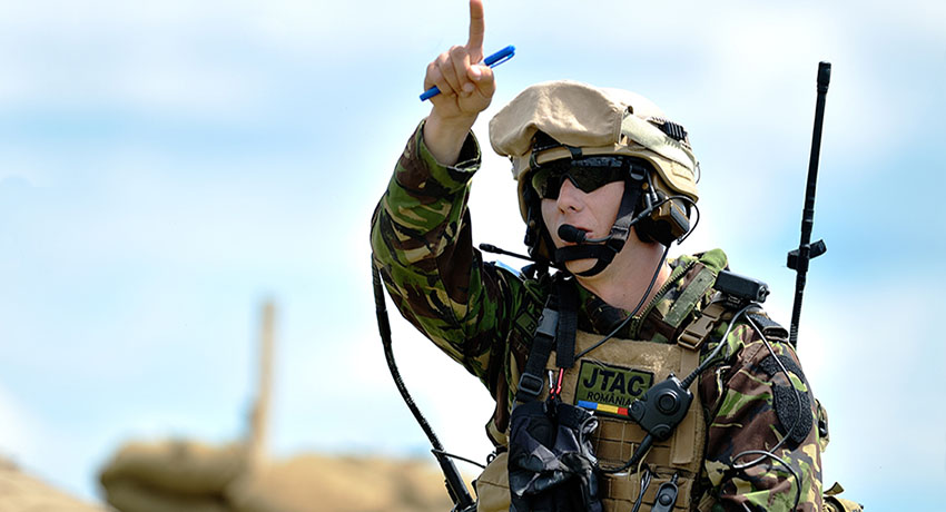 Codan-2110M-Tactical-Radio.jpg