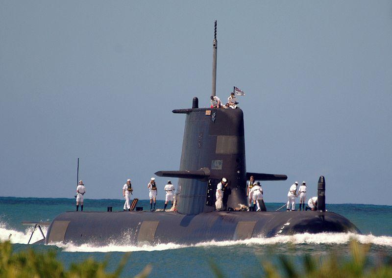 Collins-Sub-HMAS_Waller_ncc.jpg