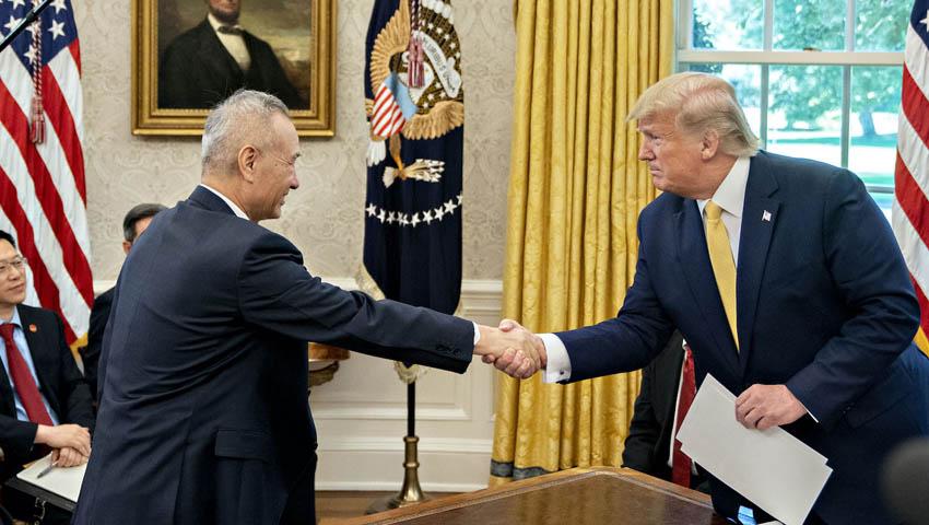 Donald_Trump_Liu_He.jpg