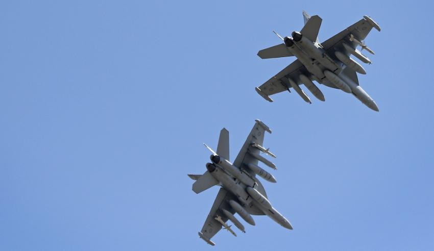 EA-18G-Growlers.jpg