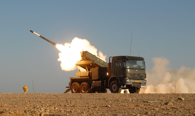 Elbit_Systems_Extra_Artillery_Rocket_System.jpg