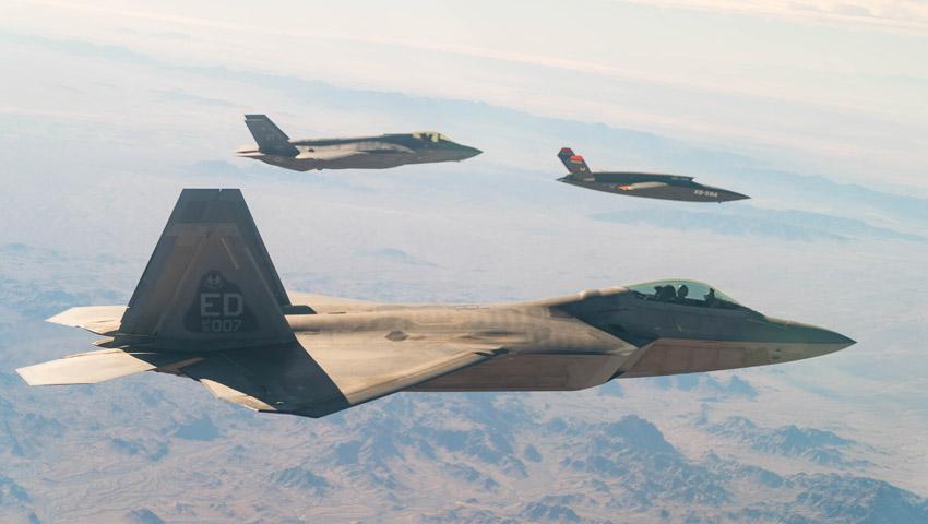F-22_F-35_IOT-Loyal-Wingman-Trial.jpg