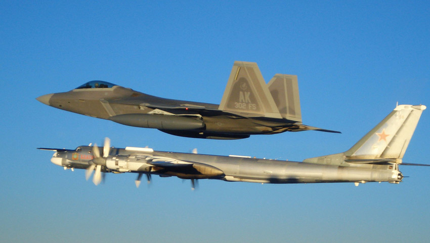 F-22_interceptor.jpg