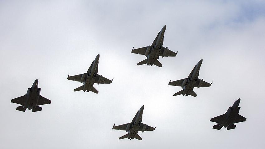 F-35-arrival-williamtown-4.jpg