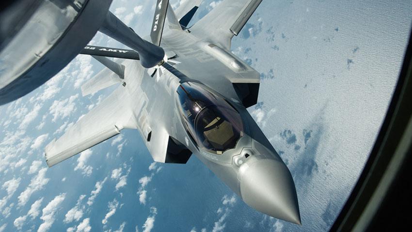 F-35_Refuelling_USAF.jpg