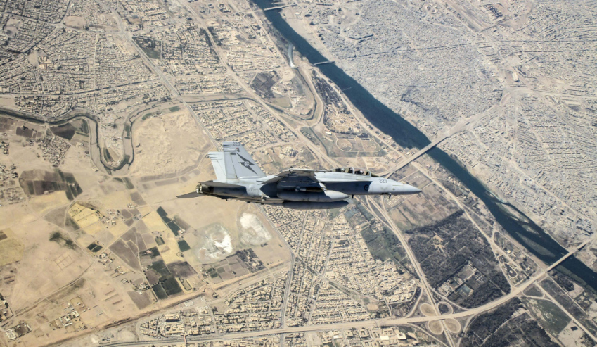 FA-18F-Super-Hornet-flies-over-Mosul.jpg