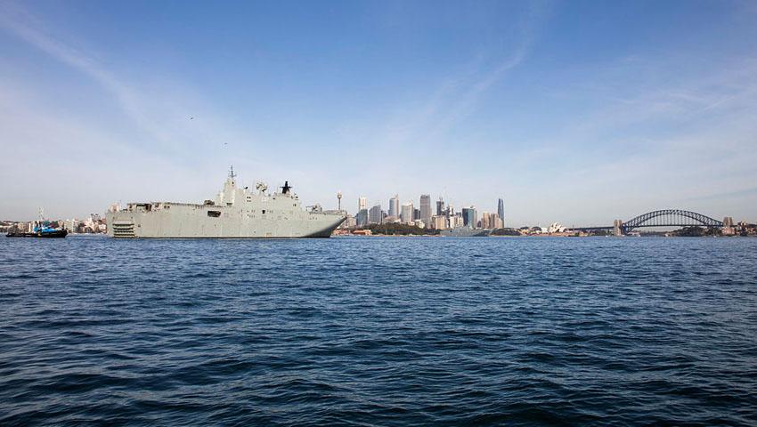 HMAS-Canberra-Sydney-Harbour.jpg