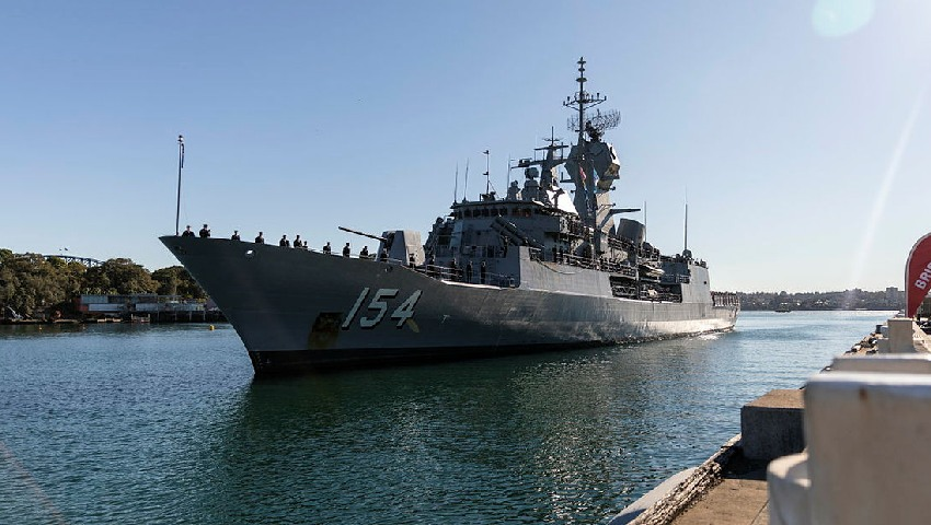 HMAS-Parramatta_Fleet_Base-East_dc.jpg