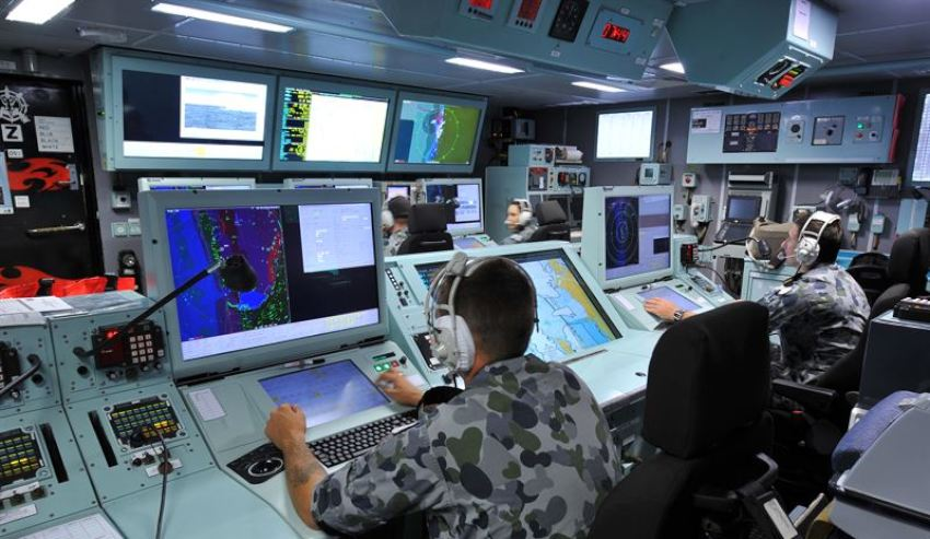 HMAS-Perth-ASMD-Operations-Room.jpg