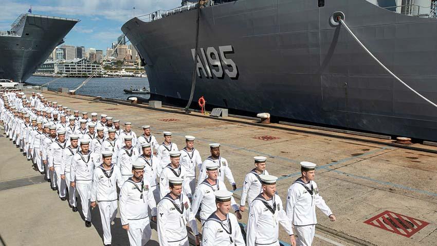 HMAS-Supply_service_dc.jpg