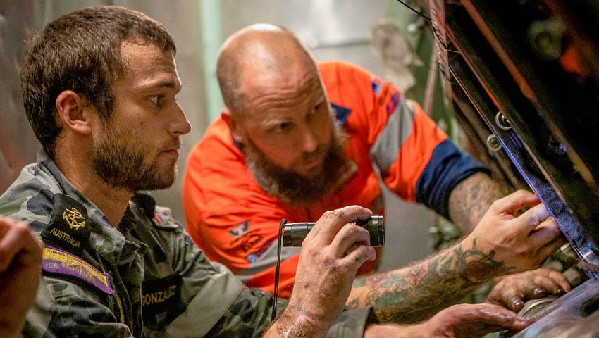 HMAS-Toowoomba-Marine-Technicians.jpg