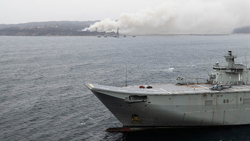 HMAS_Adelaide_Bushfire_Assist.jpg