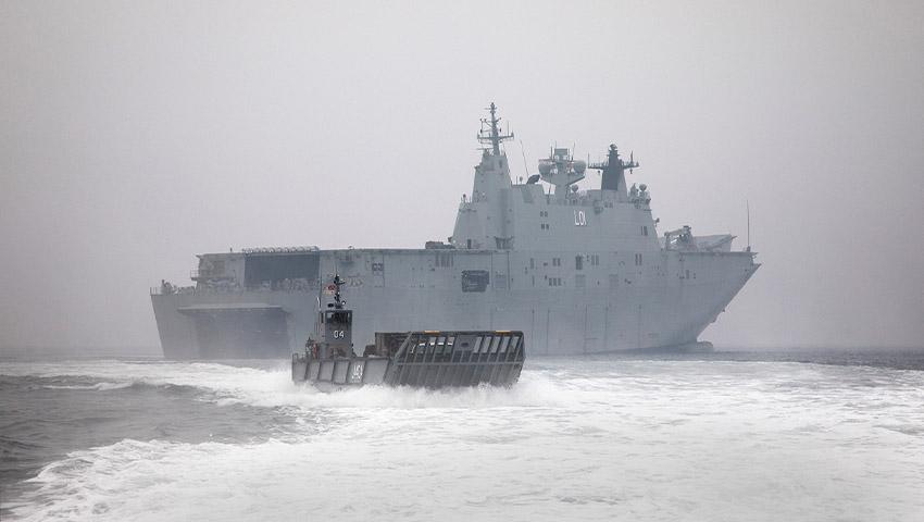 HMAS_Adelaide_Mallacoota.jpg