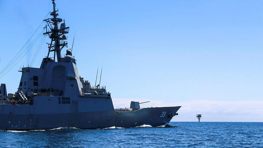 HMAS_Hobart_patrol_dc.jpg