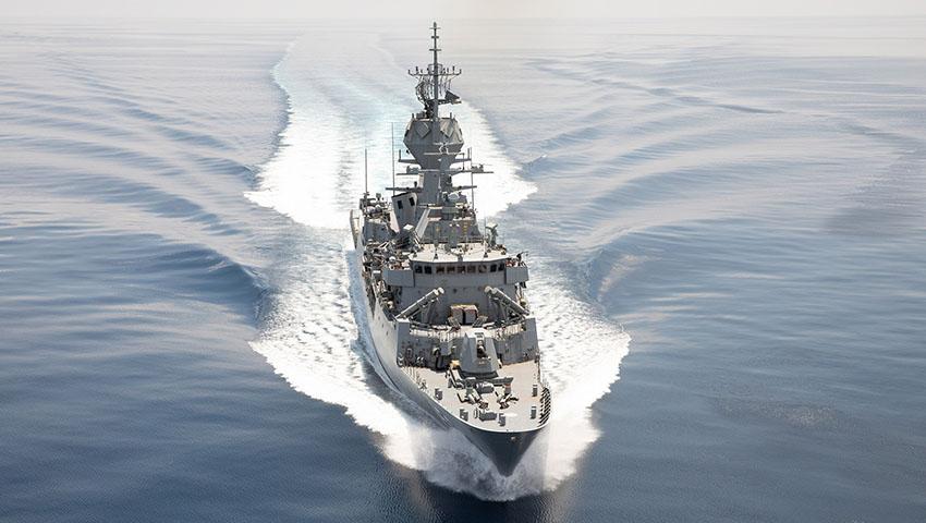 HMAS_Toowoomba_Indian_Ocean.jpg