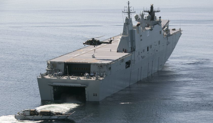 LHD-Well-Dock-Operations.JPG