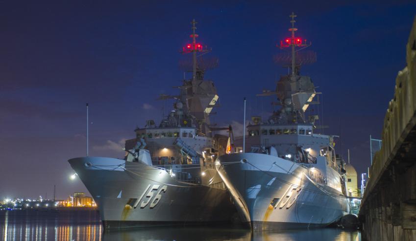 HMAS-Stuart-and-HMAS-Toowoomba.jpg