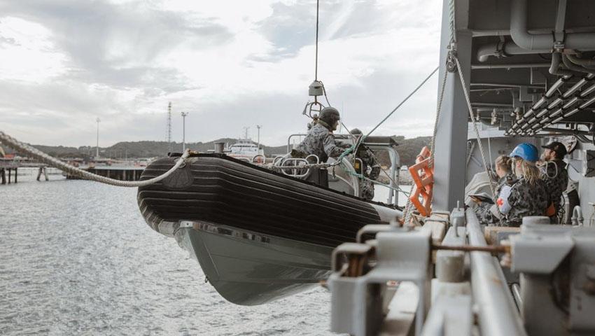 Military_seaboat.jpg