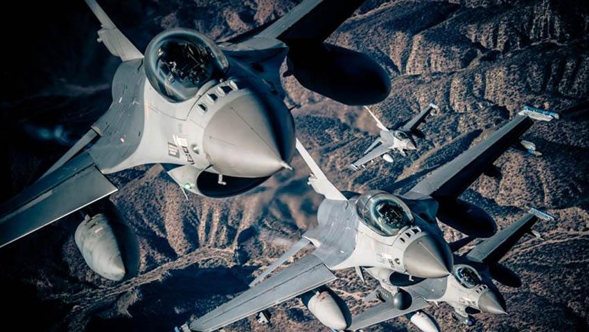 Northrop_Grumman_F-16_fighter.jpg