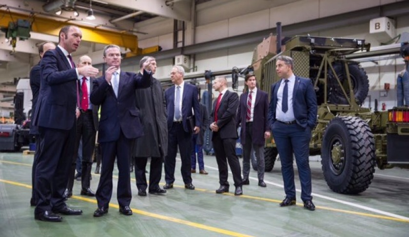 Minister-visits-Land400-contender.jpg