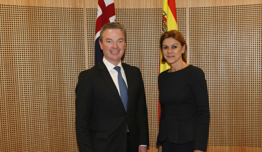 australia endorses defence relationship with spain