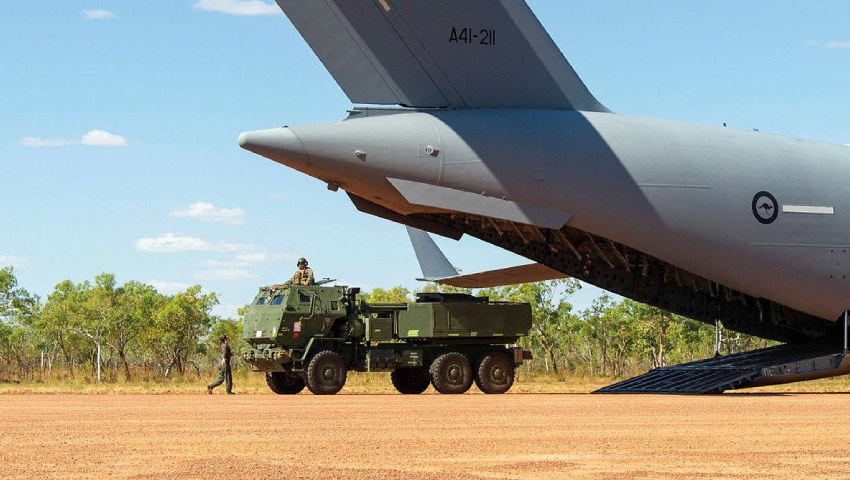 RAAF-Army_long-range-fire-operation-US-Marines_dc.jpg