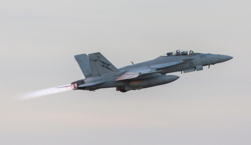 Super-Hornet-take-off.jpg