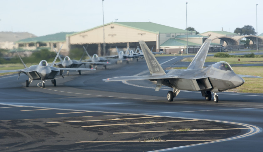 USAF-F-22s-and-USN-FA-18s-at-JB-Hickham.JPG