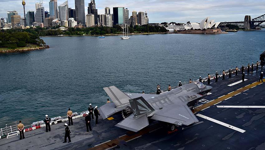 USS_Wasp_Sydney_Harbour.jpg