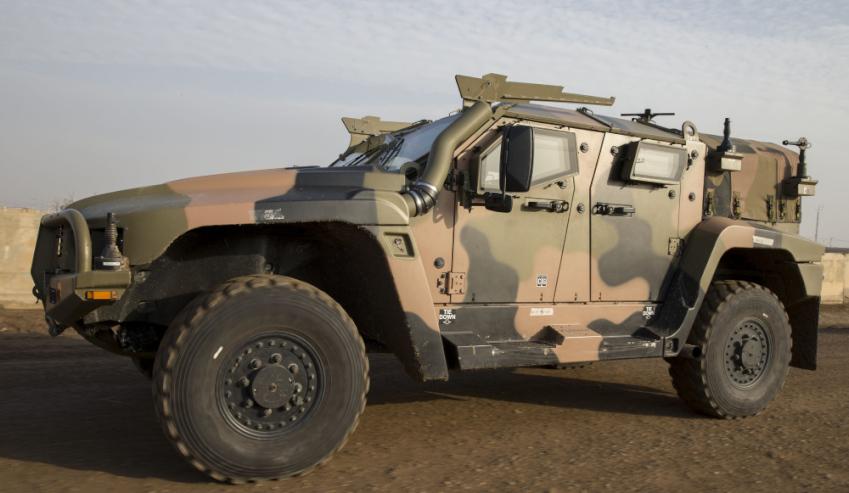 Hawkei-in-Iraq.jpg