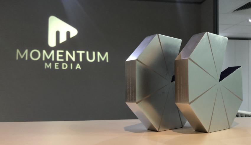 momentum-logo-award.jpg